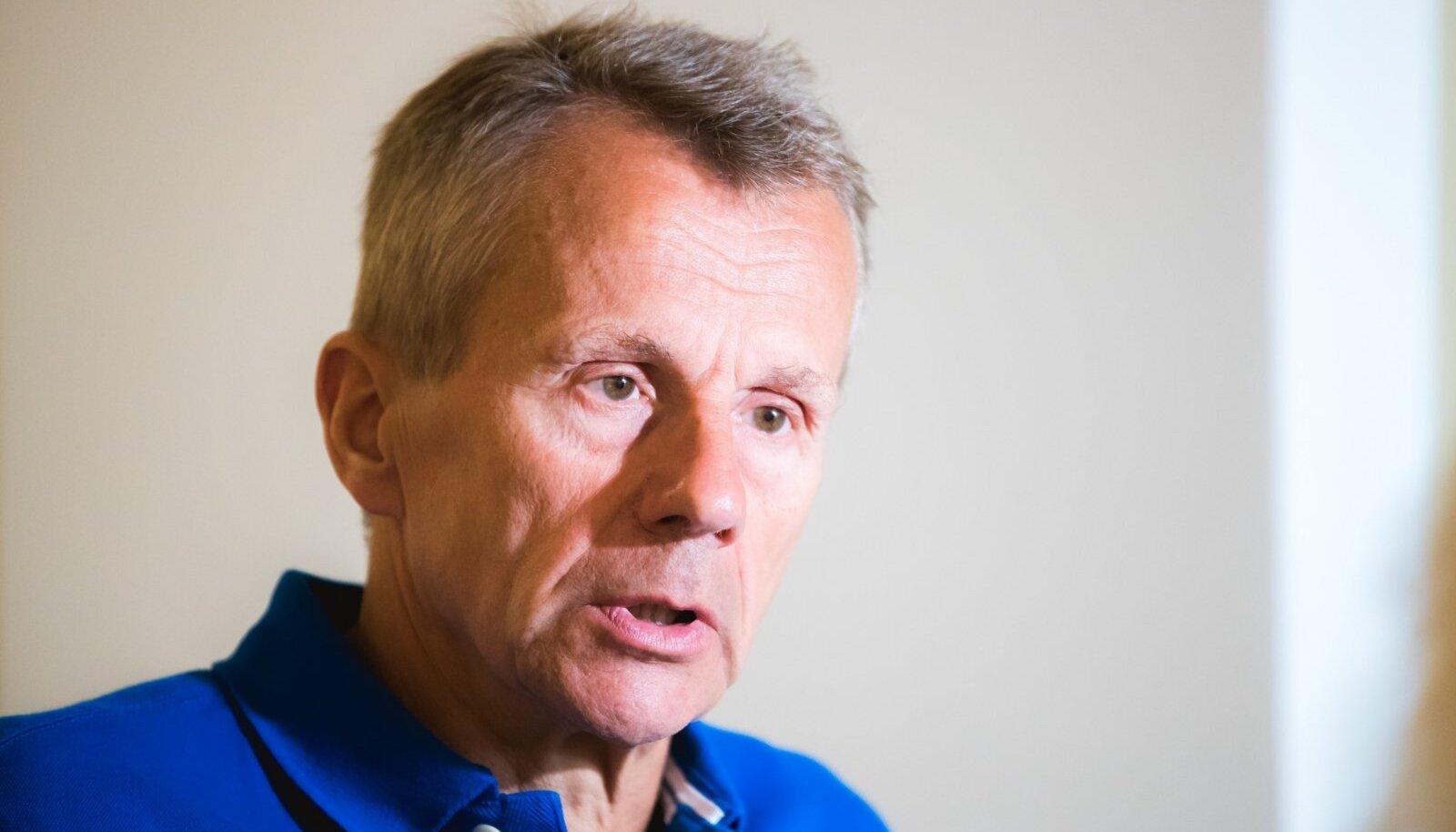 """Ligi silmis poleks Eesti valitsus tohtinud """"rootslastest filmitegijate manipulatsioonidega kaasa joosta""""."""