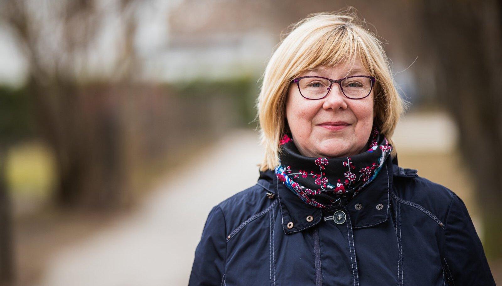 Dr Marje Oona tegutseb immunoprofülaktika ekspertkomisjonis, mis soovitab, millistele vanuserühmadele mingid vaktsiinid sobivad ja milline peaks olema kahe doosi vahe.