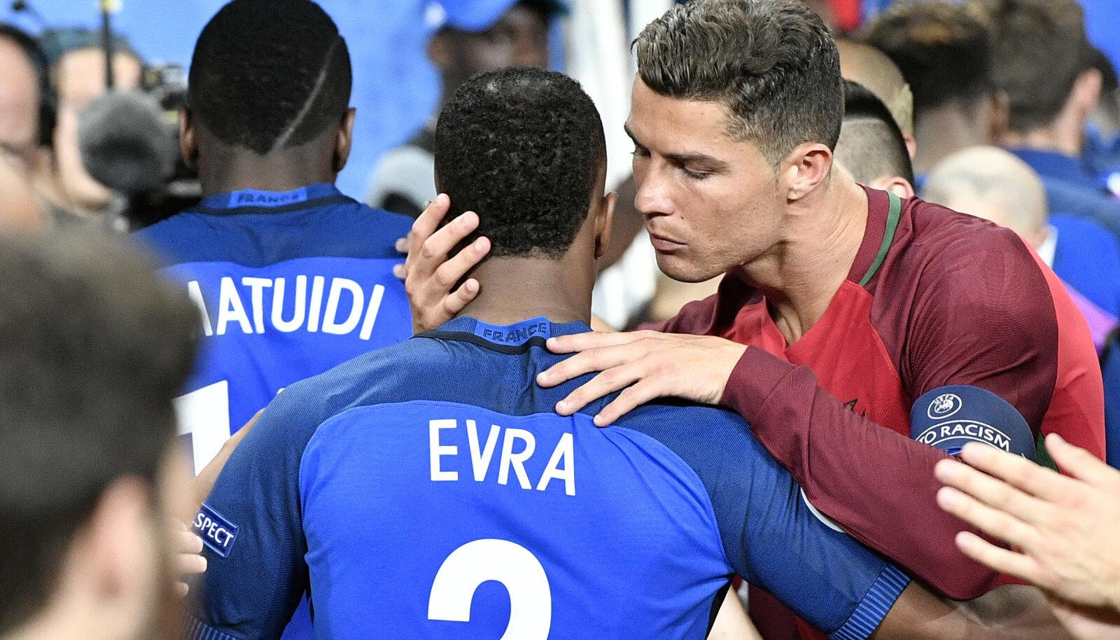 Patrice Evra ja Cristiano Ronaldo