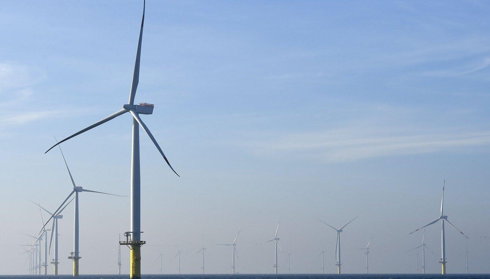 tuulikud Saksamaa lähedal meres