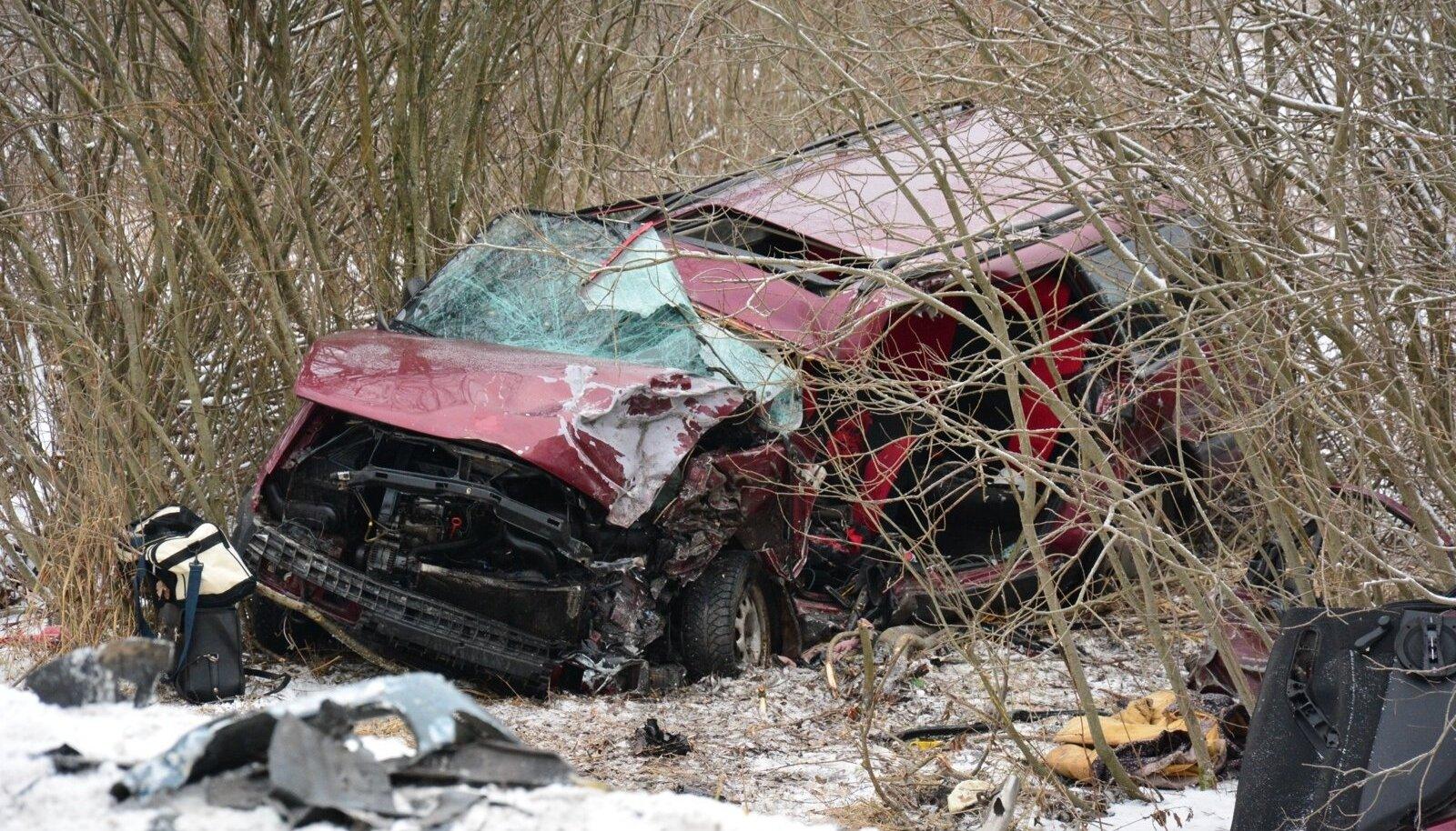 Raske avarii Viljandimaal