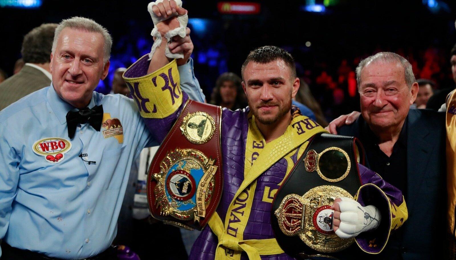 Boxing - Vasyl Lomachenko v Anthony Crolla - WBA & WBO World Lightweight Titles