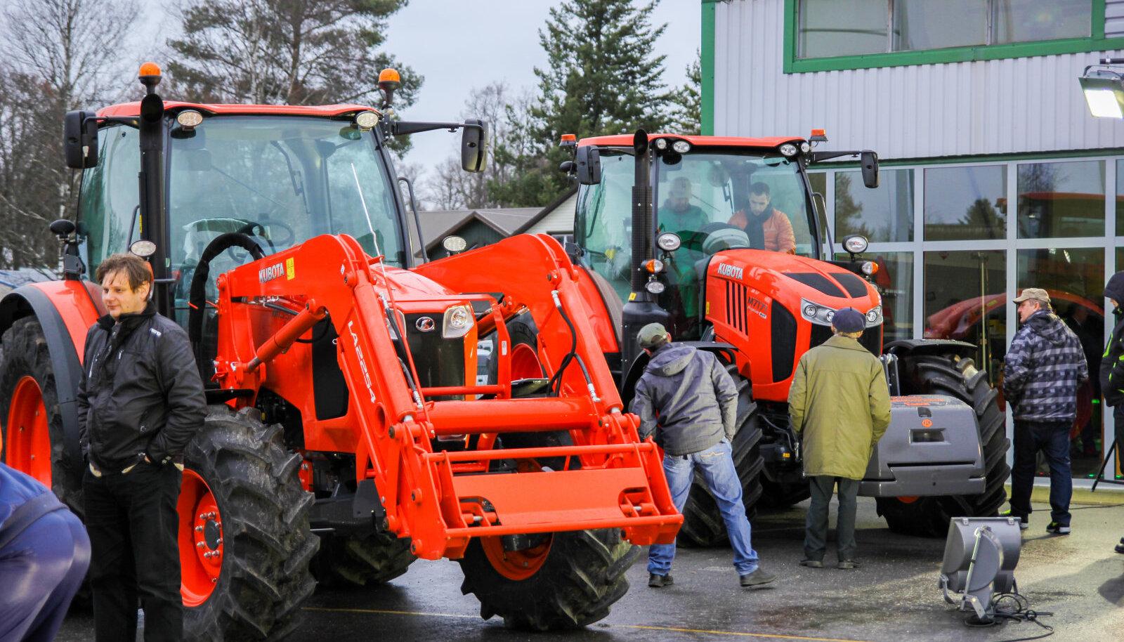 Kobota traktorite esitlus läinud neljapäeval Paides.