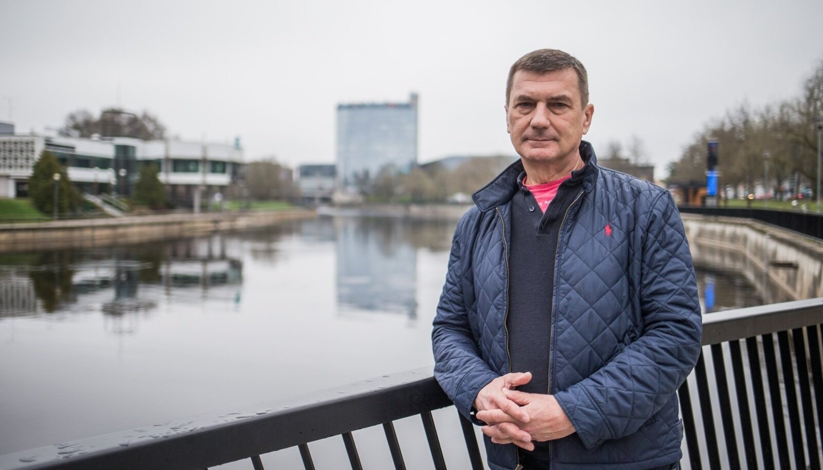 """""""Minu linn. Minu jõgi. Minu kodu. See see on,"""" põhjendab Andrus Ansip oma vastuseisu Tartu lähedale kavandatavale suurtehasele, mis Tartu idülli lõhkuda ähvardab."""