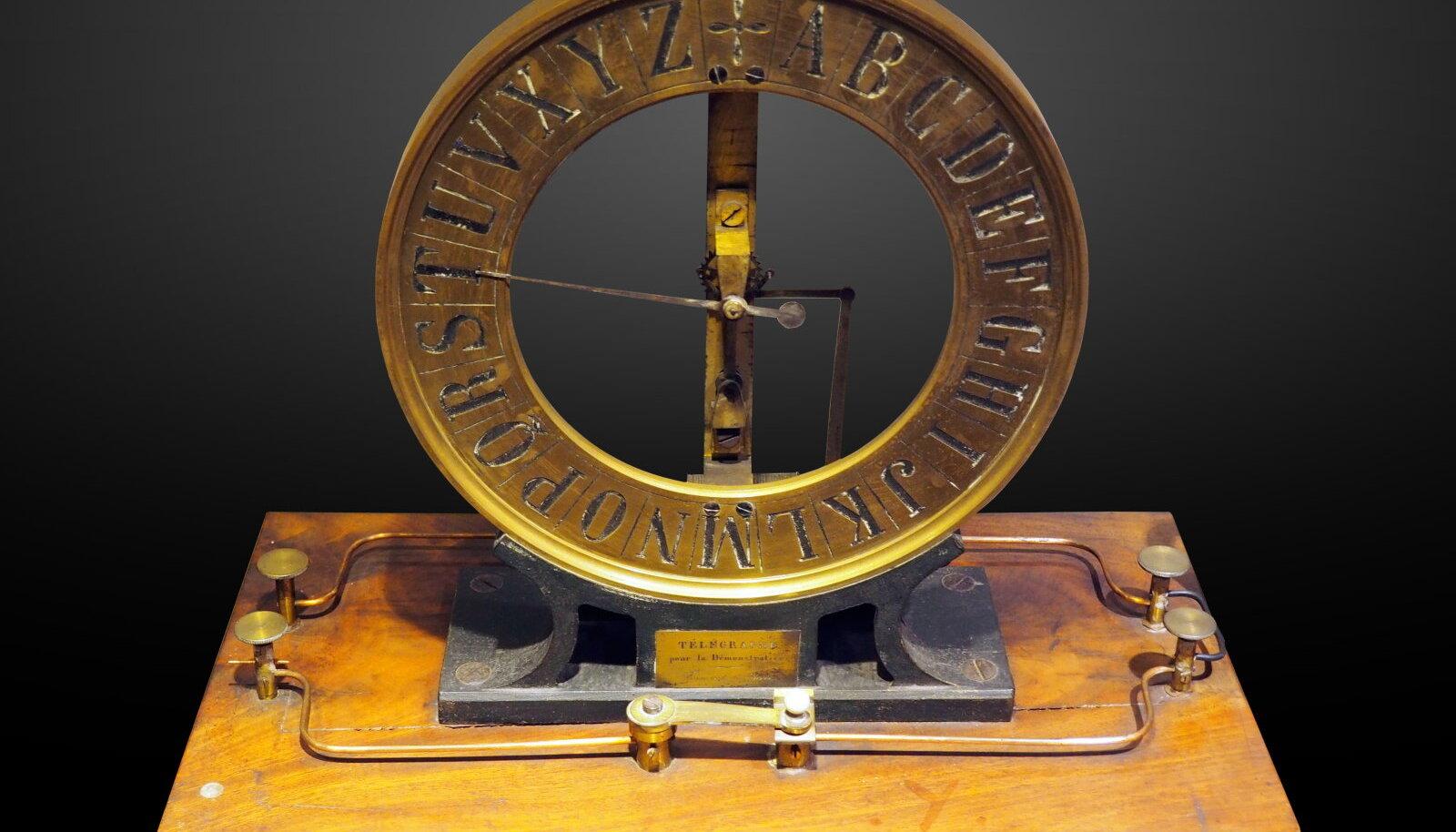 Illustratiivsel eesmärgil: 1875. aastast pärinev telegraaf (Foto: Wikimedia Commons / Rama)