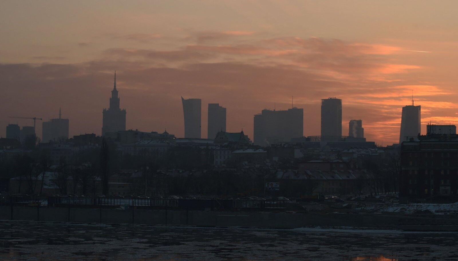 Eilne sudu Varssavis