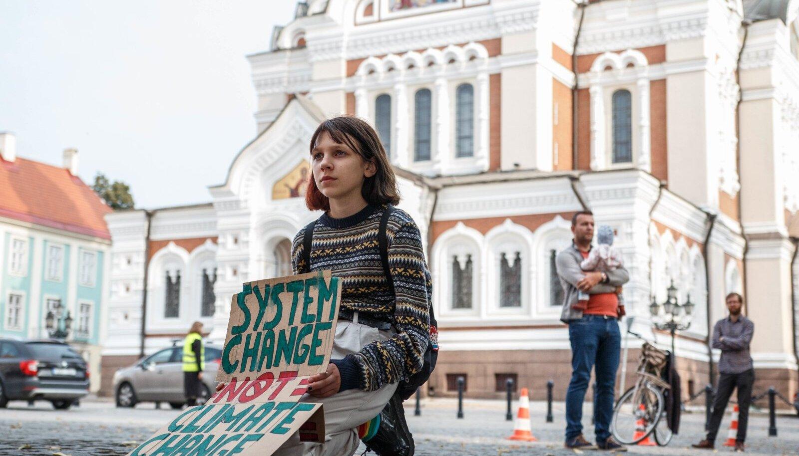 Noored üle maailma on varsti pea kolm aastat kliima nimel streikinud. Kaua nad jaksavad?