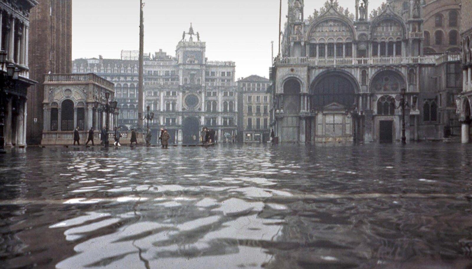 San Marco väljak üleujutuse ajal 4. novembril 1966.
