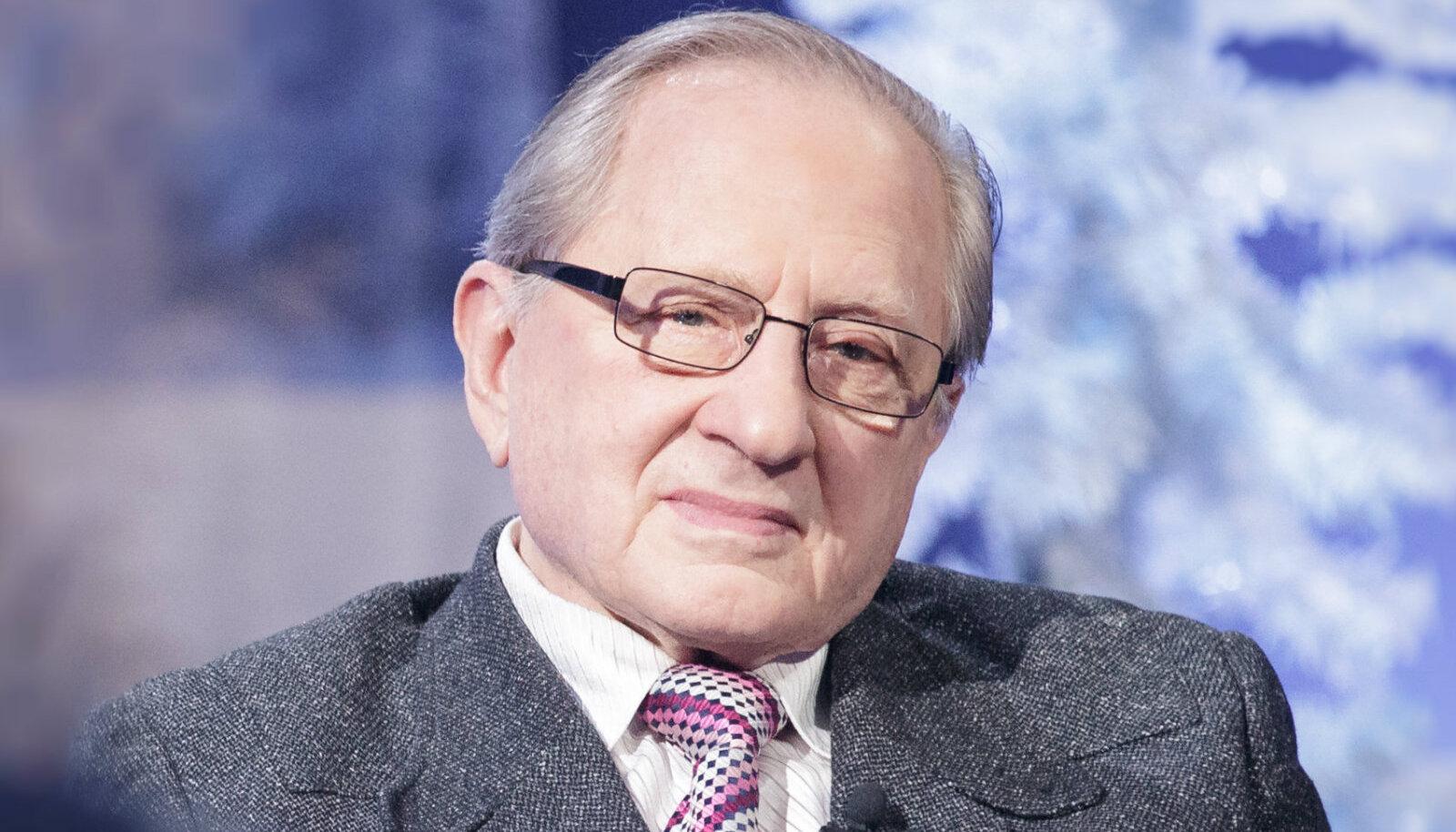 Dr Adik Levin