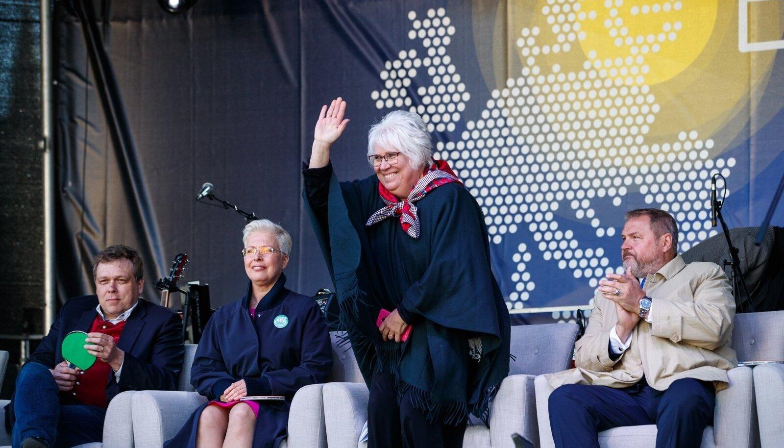 Euroopa parlamenti pürgivad Evelin Ilves, Marina Kaljurand ja Riho Terras