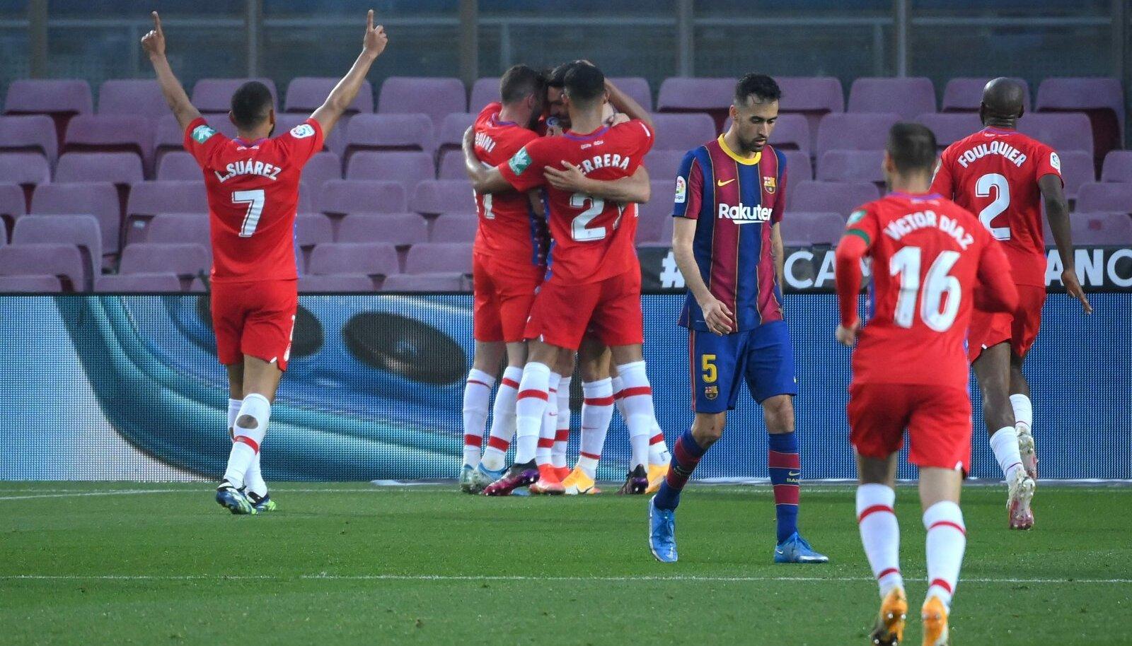 Granada mängijad tähistamas Jorge Molina väravat.