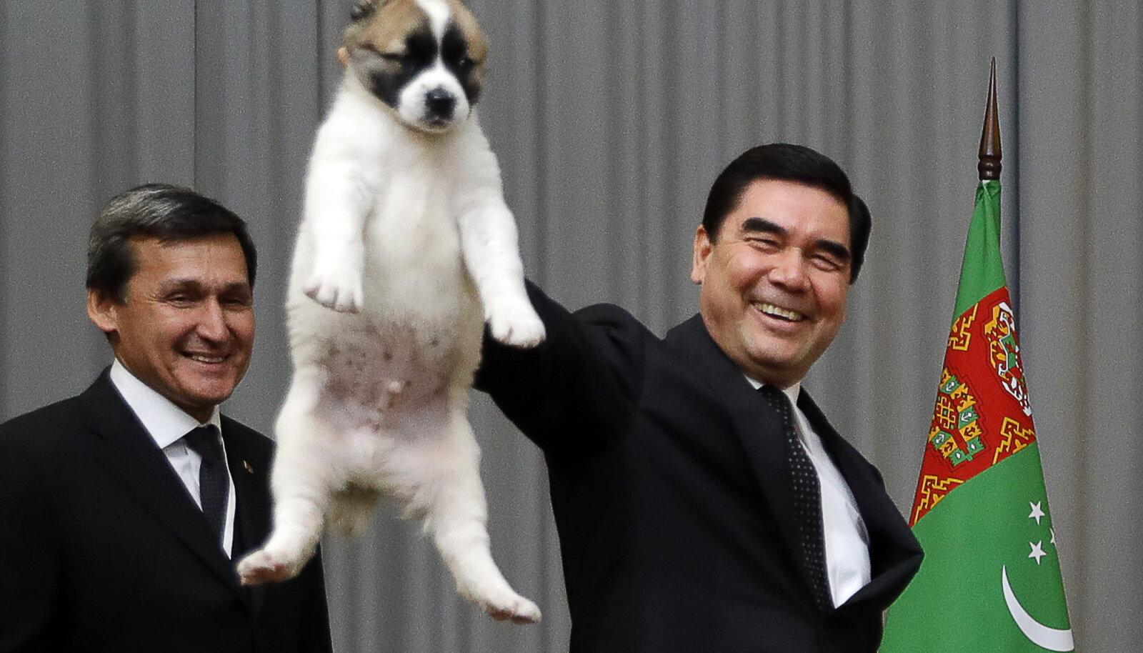 Gurbanguly Berdimuhammedow (paremal)