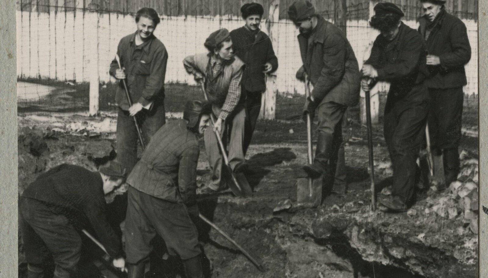 Vangilaagri töölised