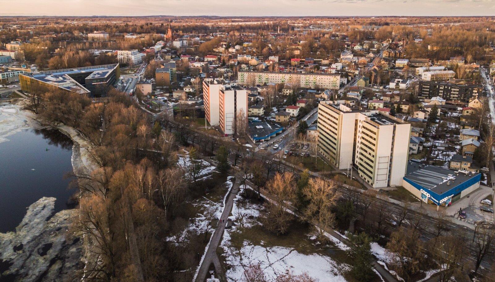 KÜLM JA KÕLE KOHT: Aasta keskmine õhutemperatuur Tartus on vaid 6,4 kraadi ja elektriautode sõiduulatusele mõjub see väga halvasti.