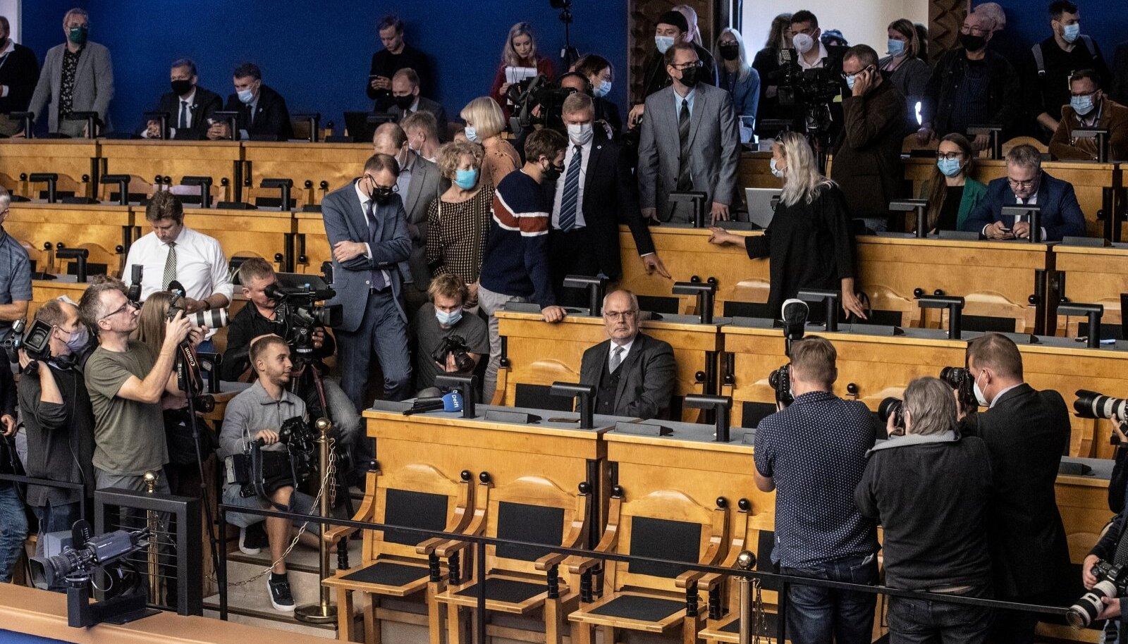 Presidendivalimiste esimene voor riigikogus 2021. aasta 30. augustil