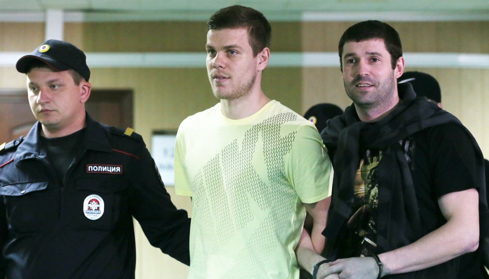 Moscow court hearing into hooliganism case against footballers Kokorin and Mamaev