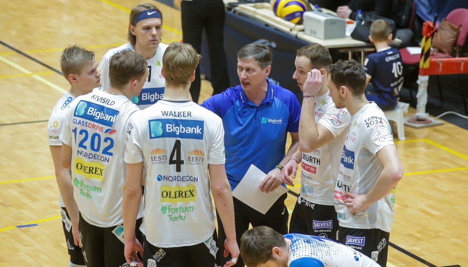 Bigbank Tartu peatreener Andrei Ojamets oma hoolealustega