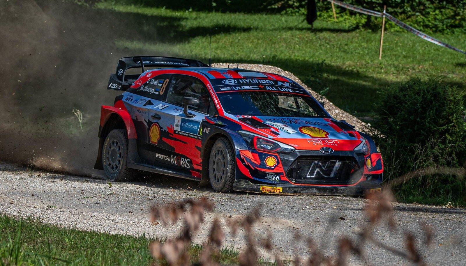 Ott Tänak ja Martin Järvoja on Rally Estonial