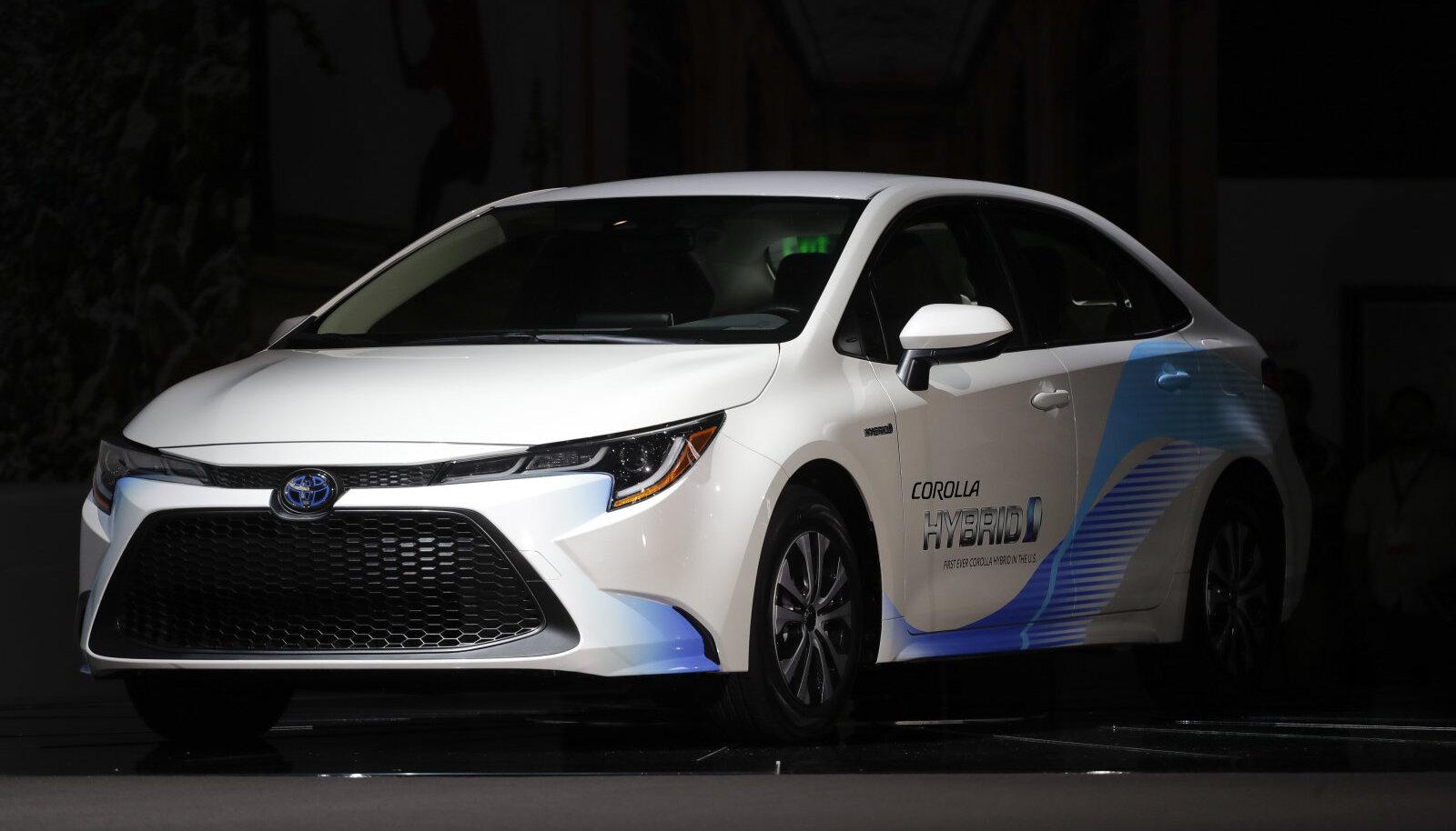 Toyota Corolla hübriidi esitlus LA autonäitusel