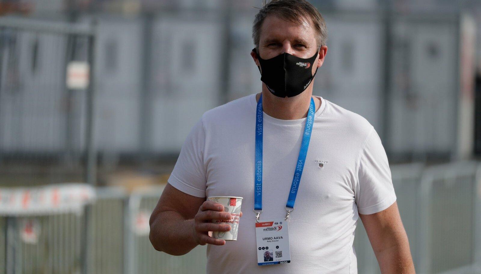 Suur unistus on täitunud. Urmo Aava jalutab MM-ralli staatuse saanud Rally Estonia hooldusalal.
