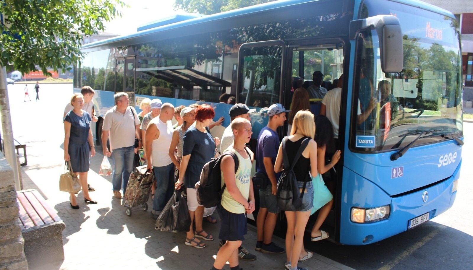 Narva, tasuta buss