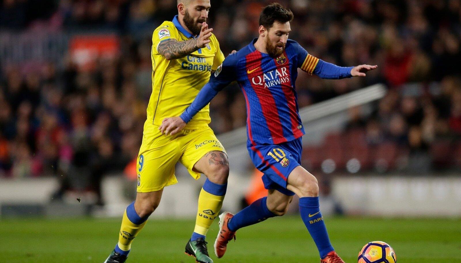 Lionel Messi, Mauricio Lemos