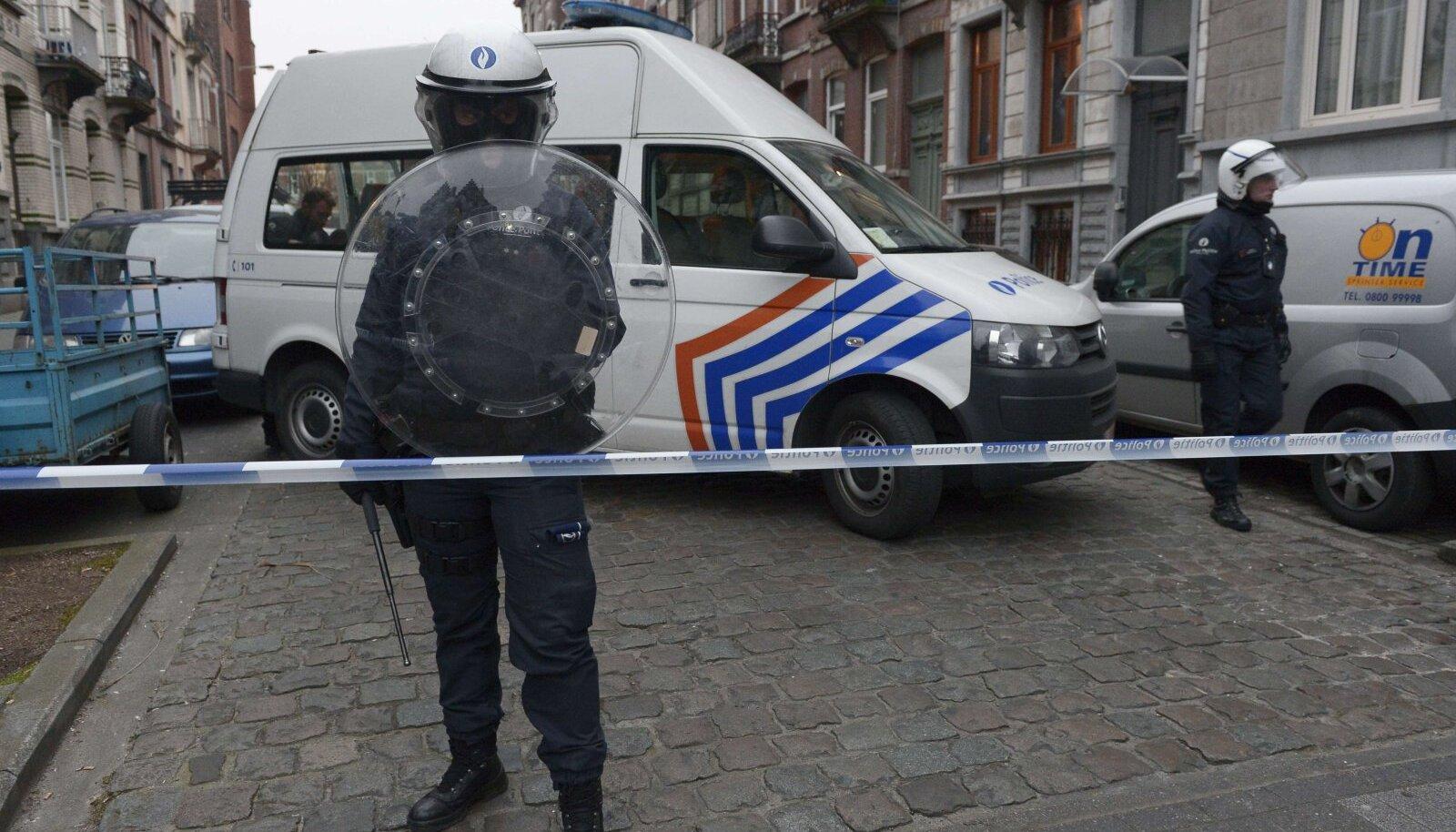 Belgia politsei 2016. aasta märtsis Salah Abdeslamile jahti pidamas