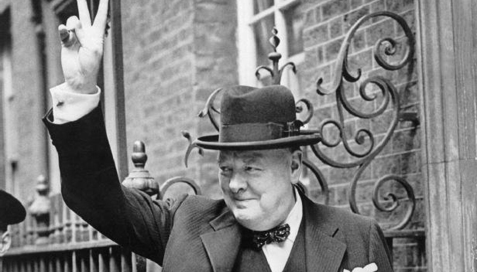 Winston Churchilli kuulus võidumärk.