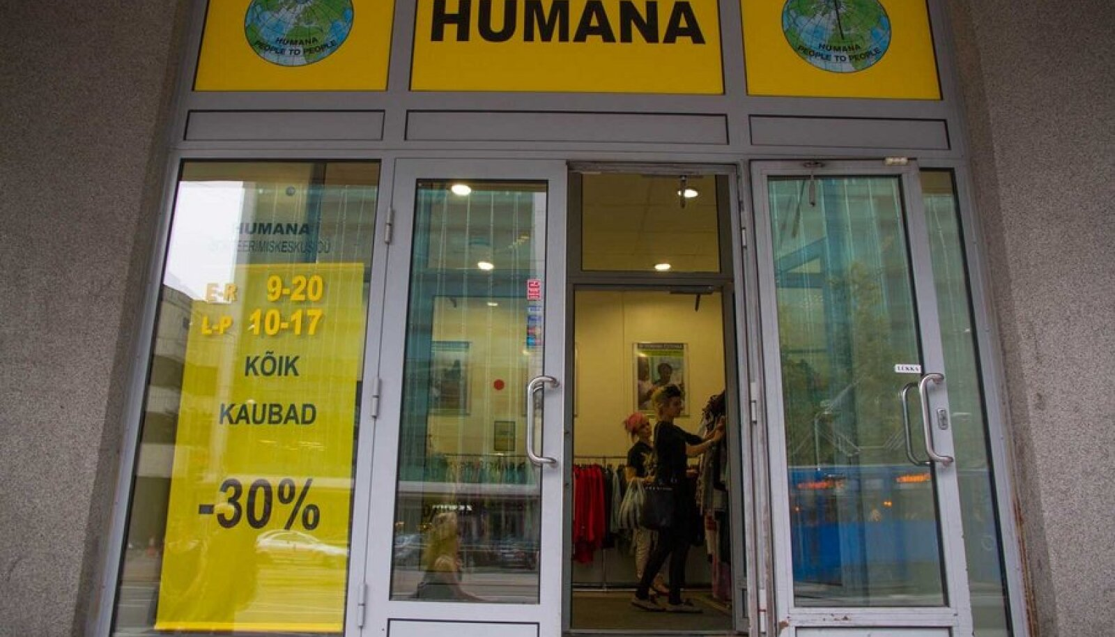 Eestlased jätavad Humanasse miljoneid eurosid. (Foto: Eva Ligi)