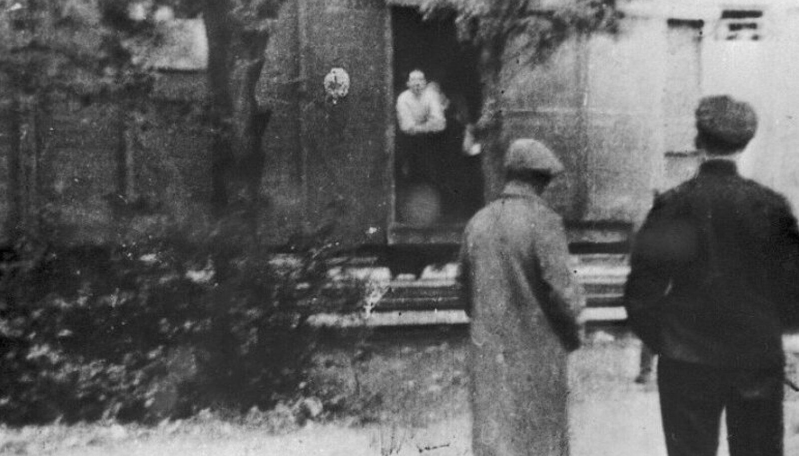 В результате депортации в марте 1949 года в Сибирь отправилось более 20 000 эстонцев