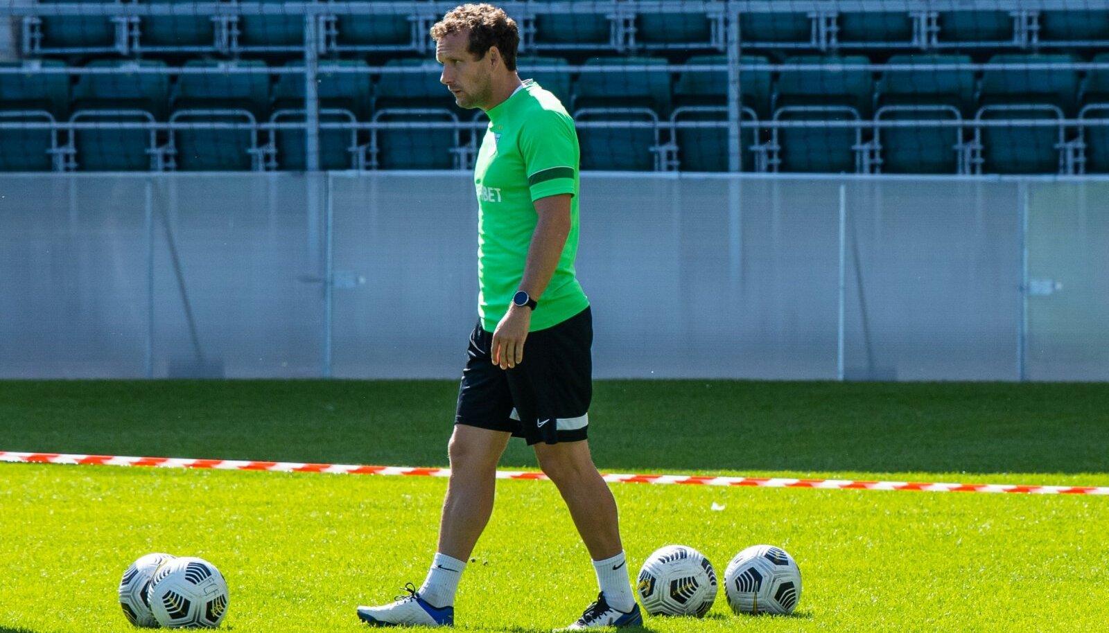 Konstantin Vassiljev FC Flora treeningul.