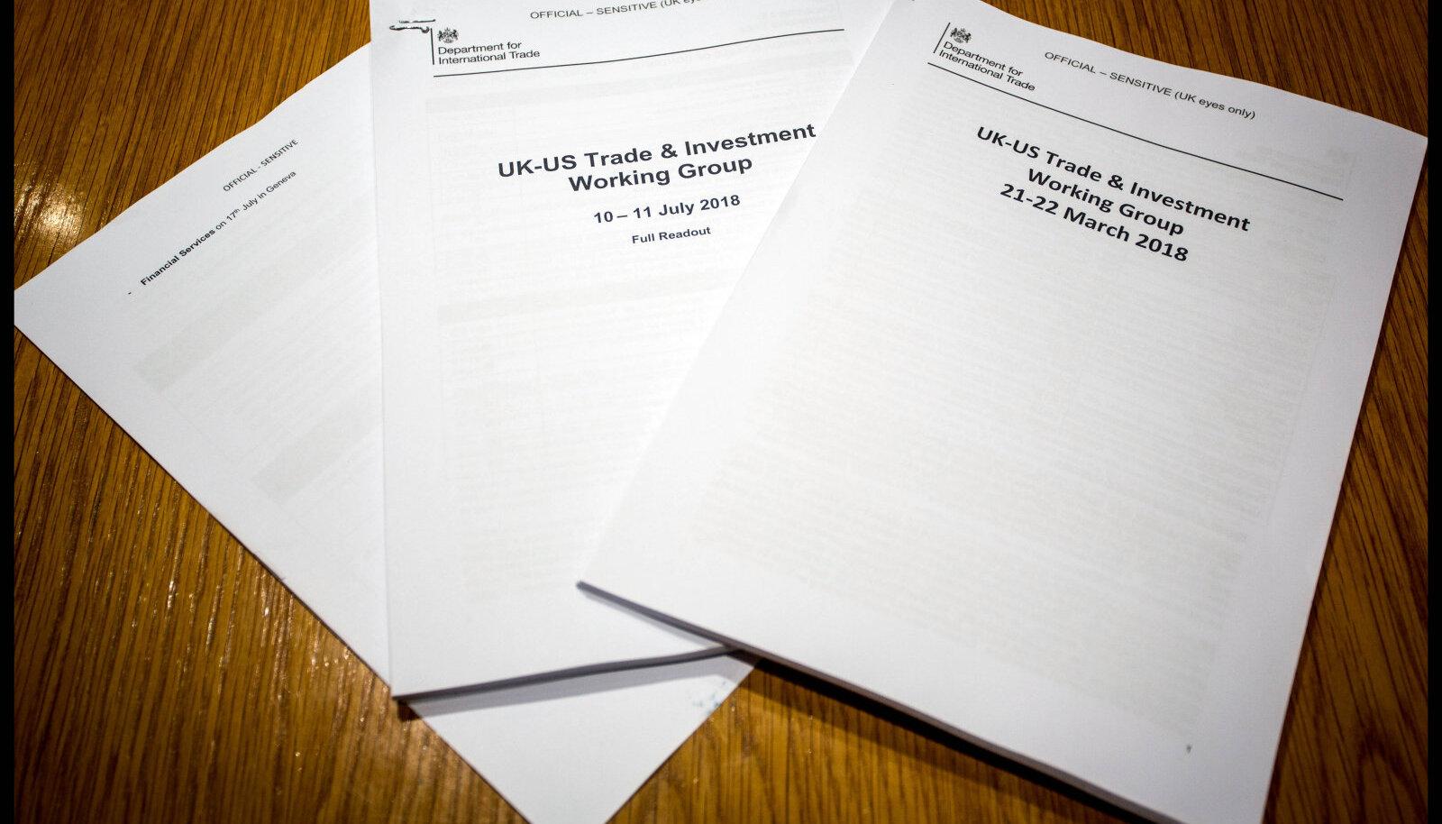 Lekkinud USA-Ühendkuningriigi kaubandusleppe dokumendid, mida Corbyn presenteeris.