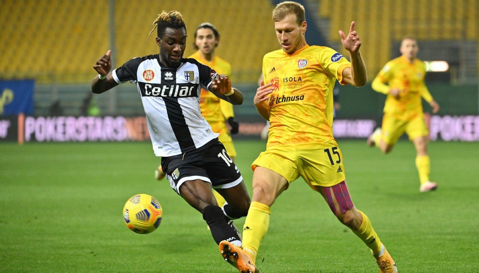 Ragnar Klavan kohtumises Parma vastu.