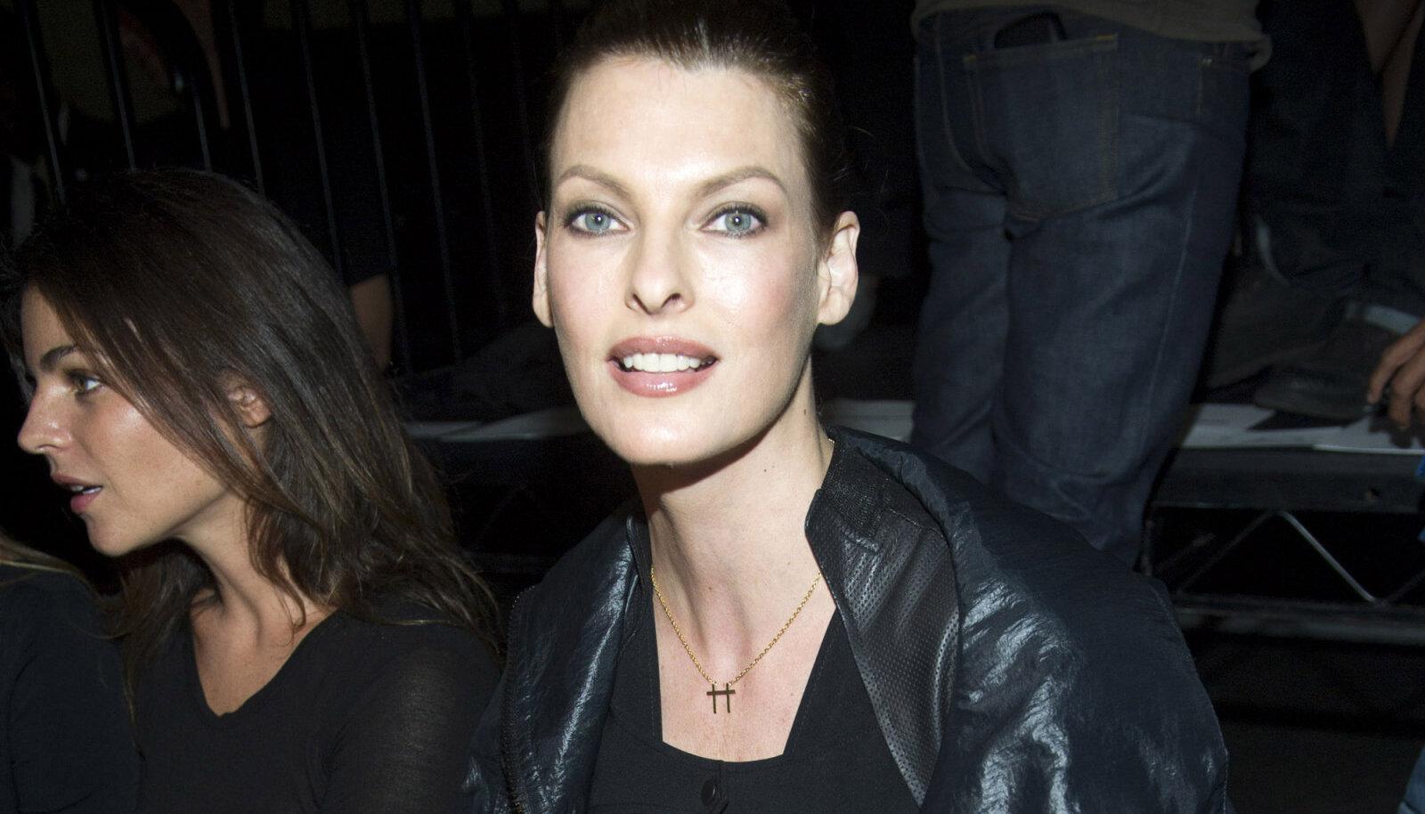 Linda Evangelista 2011. aastal.