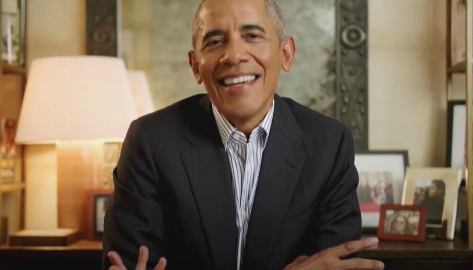 """Barack Obama 17. mail 2021 telesaate """"The Late Late Show"""" külalisena (ekraanitõmmis)"""