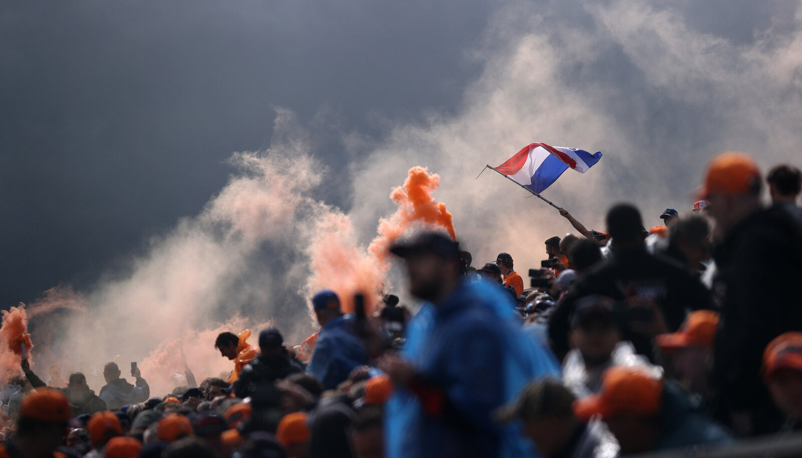 Hollandi vormelifännid Ungari GP-l.