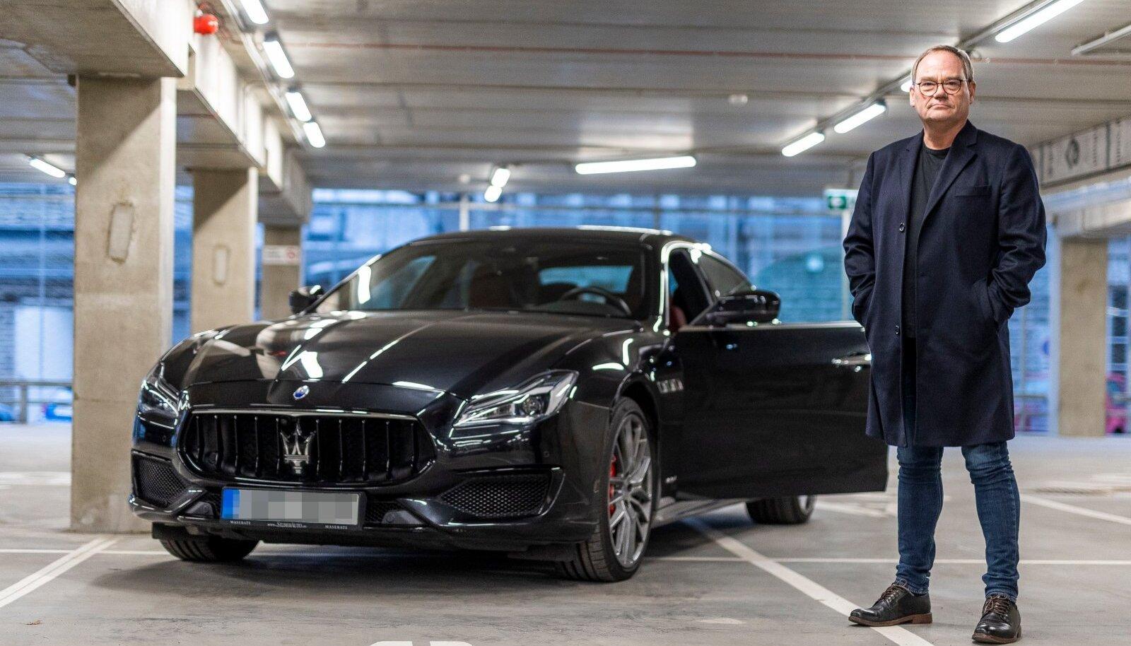 SÕIDAB LUKSUSAUTOGA Jüri sõnul liigub ta enamasti jalgsi, pikemate otste jaoks on tal aga Maserati