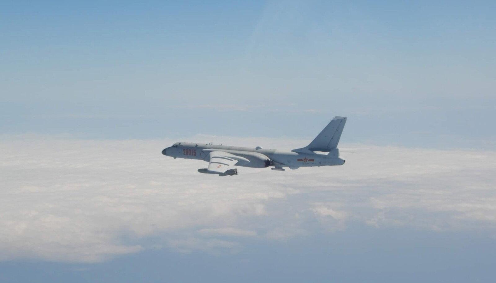Hiina pommitaja Xian H-6