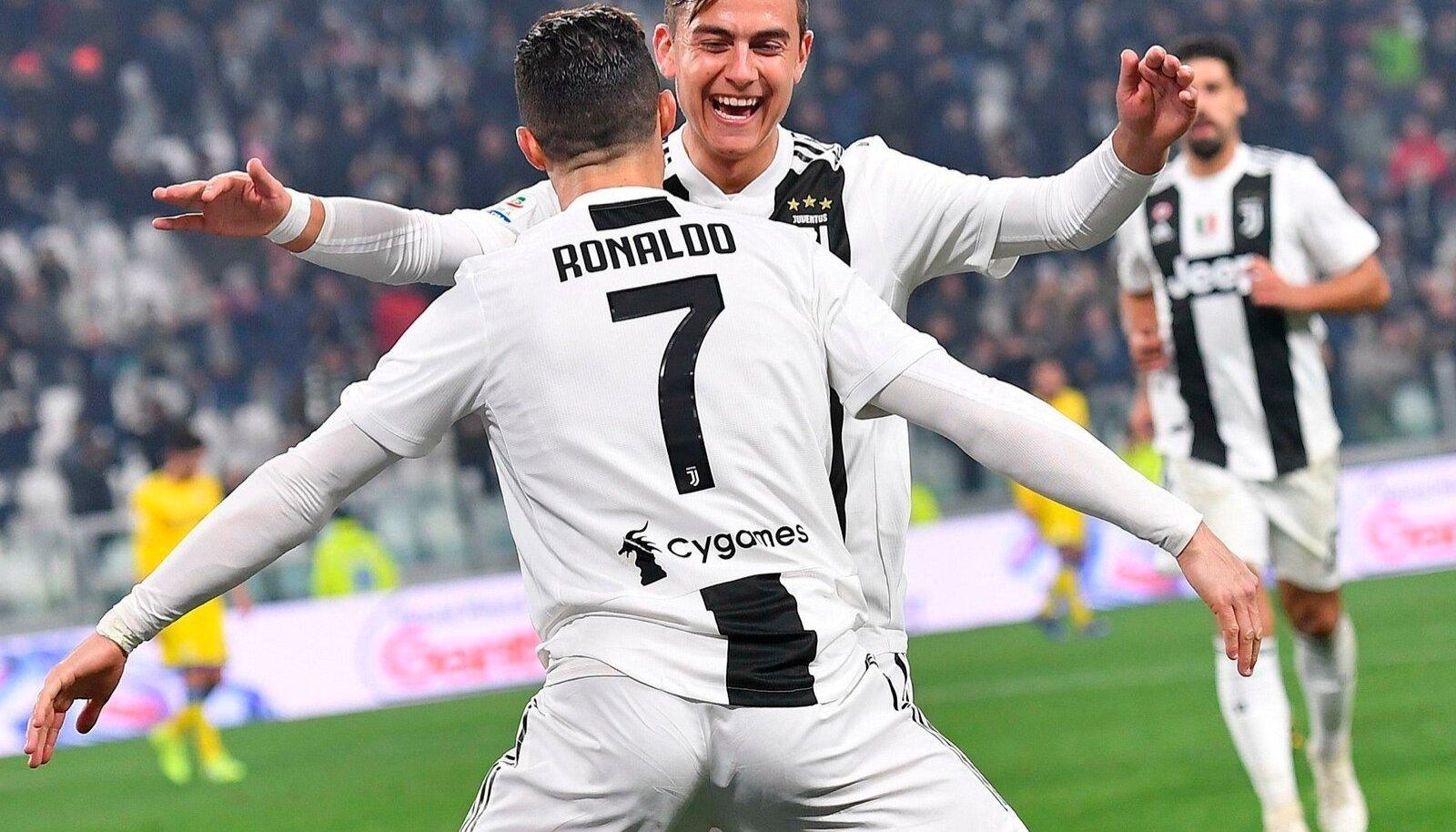 Cristiano Ronaldo ja Paulo Dybala.