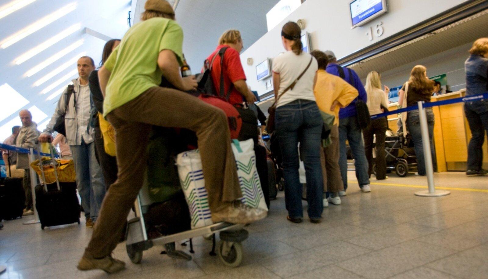 Rahvas lennujaamas