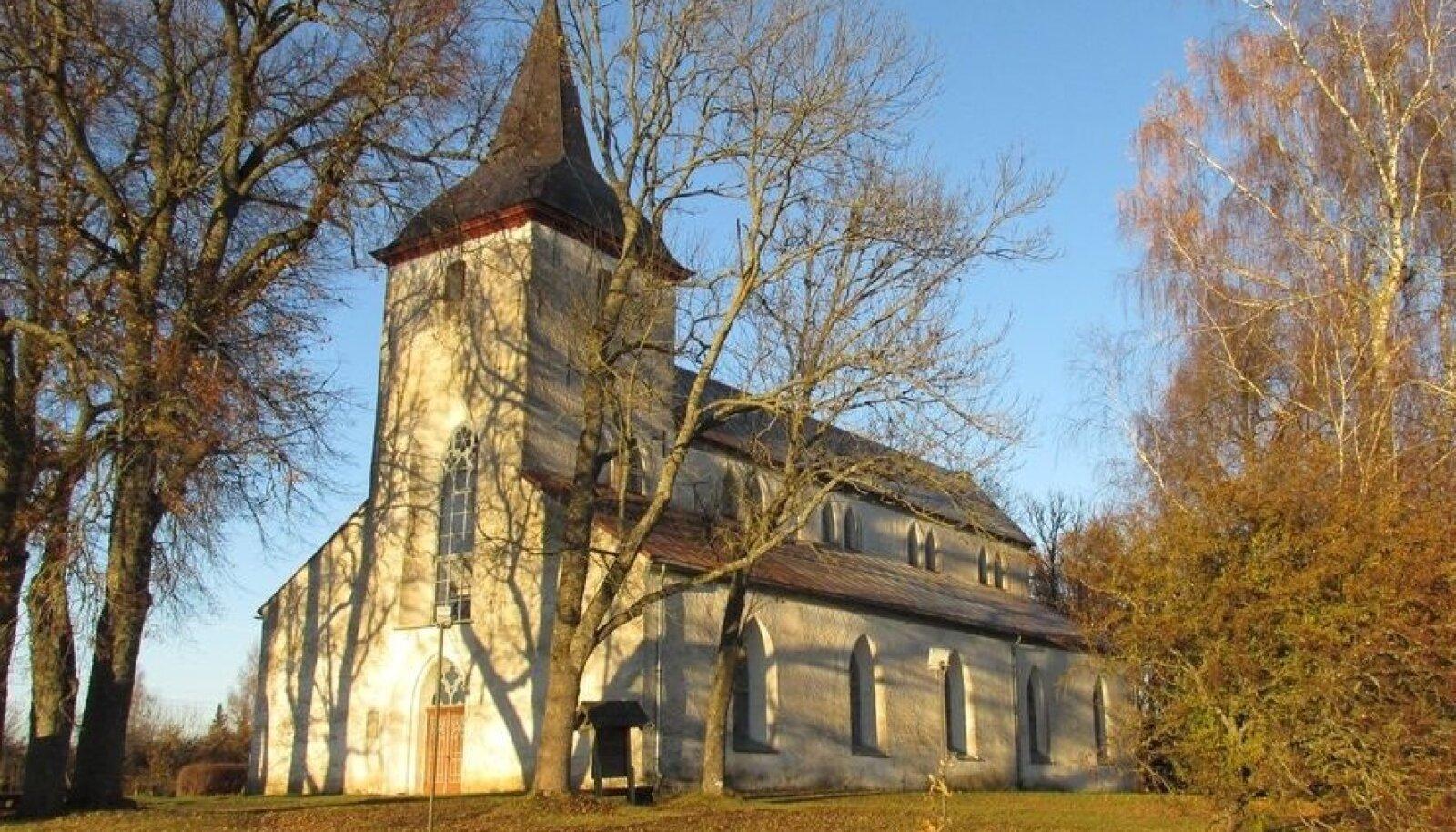 Eestis on paavst Urbanuse auks saanud endale nime Urvaste kirik ja selle järgi ka kogu kant.