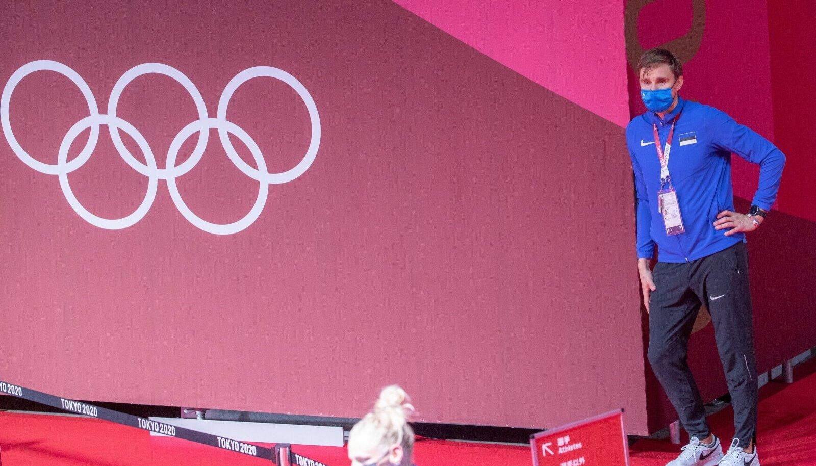 Töö on tehtud, Nikolai Novosjolov saab rahuliku südamega vaadata, kuidas Katrina Lehis olümpiamängude pronksi võitjana intervjuusid jagab.