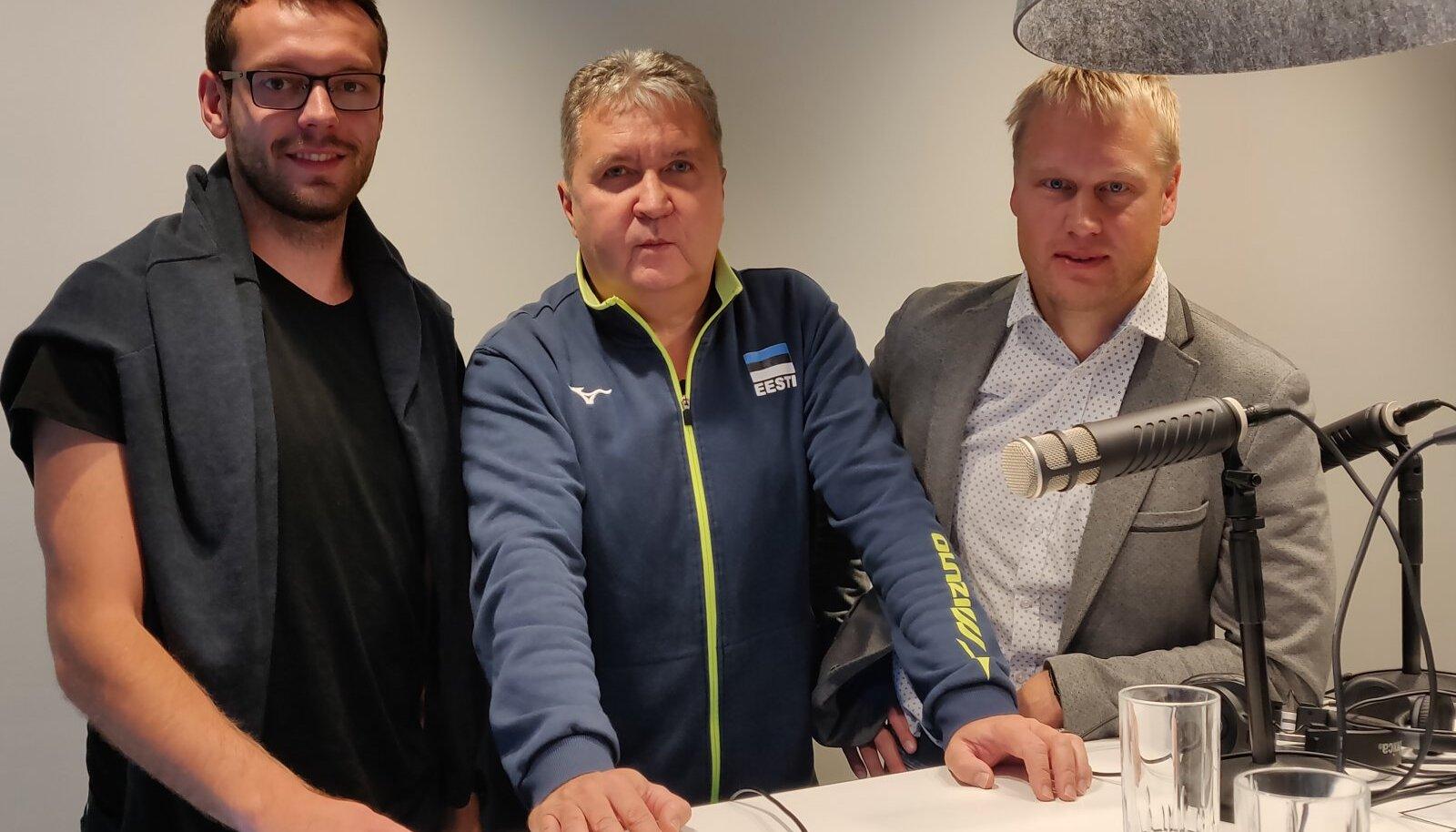 arl Rinaldo, Peeter Vahtra ja Sten Esna Manta maja stuudios.