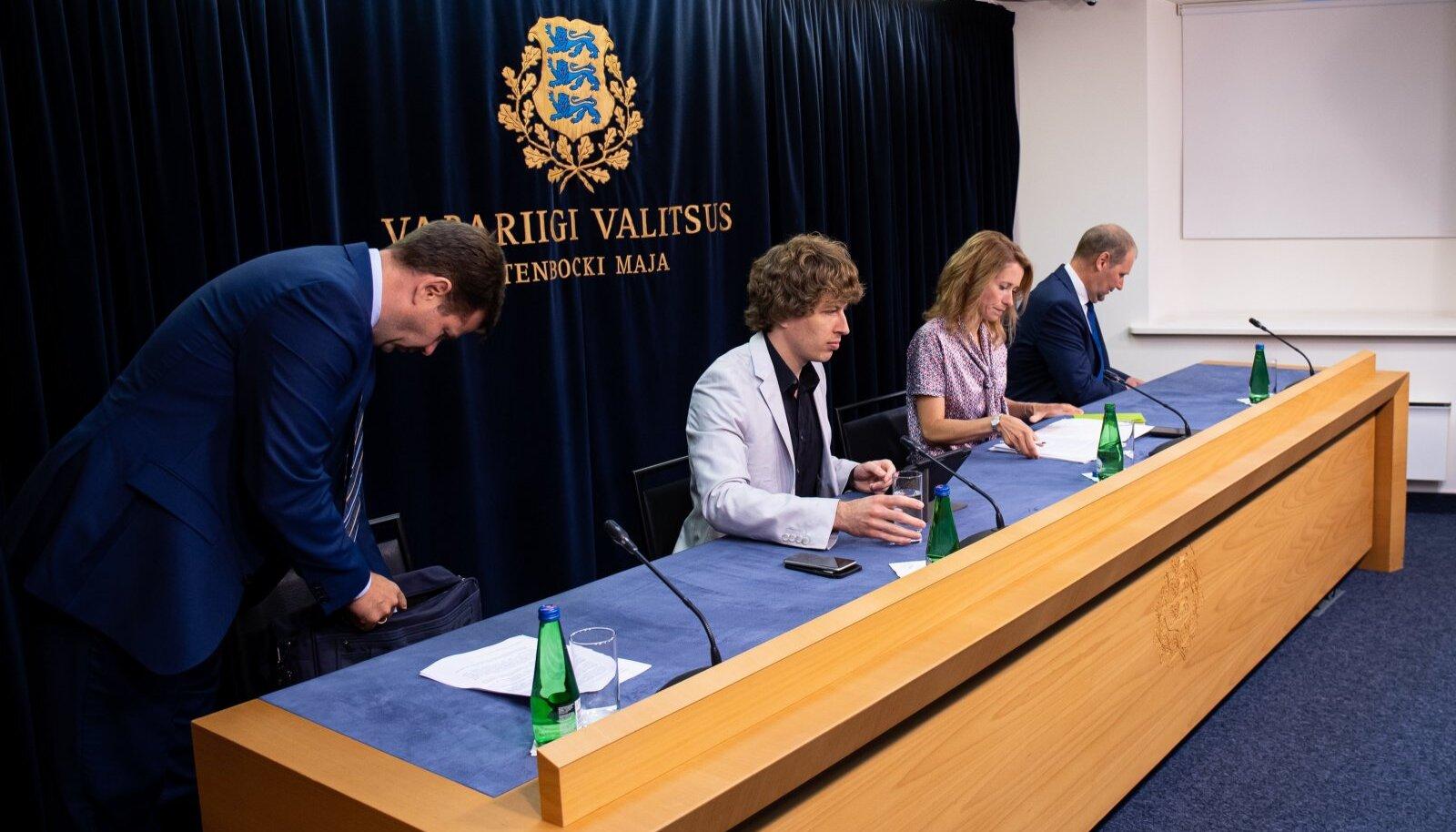 Valituse pressikonverents Stenbocki majas 08.07.2021