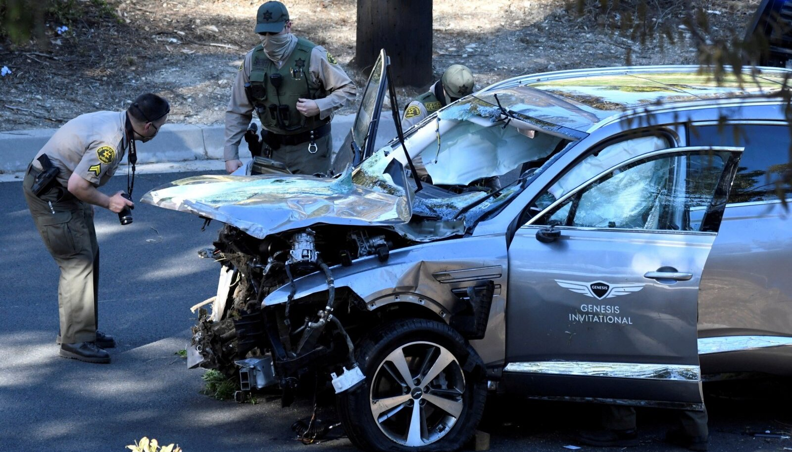 FILE PHOTO: The vehicle of golfer Tiger Woods is recovered in Los Angeles