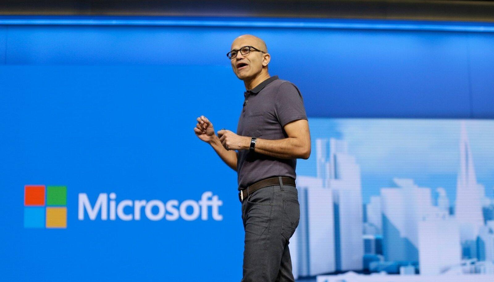 Microsofti tegevjuhi Satya Nadella sõnul aitab LinkedIni ost Microsoftil mängida oma tugevustele analüüsis, andmetõlgenduses ja tehisteadvuse arendamises.