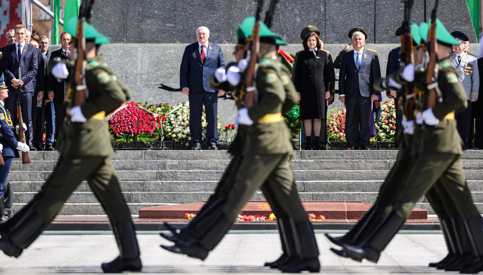 Lukašenka ja tema relvajõud