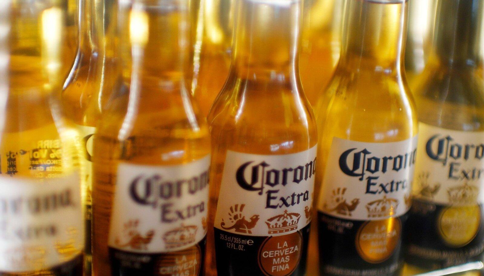 Corona Extra.