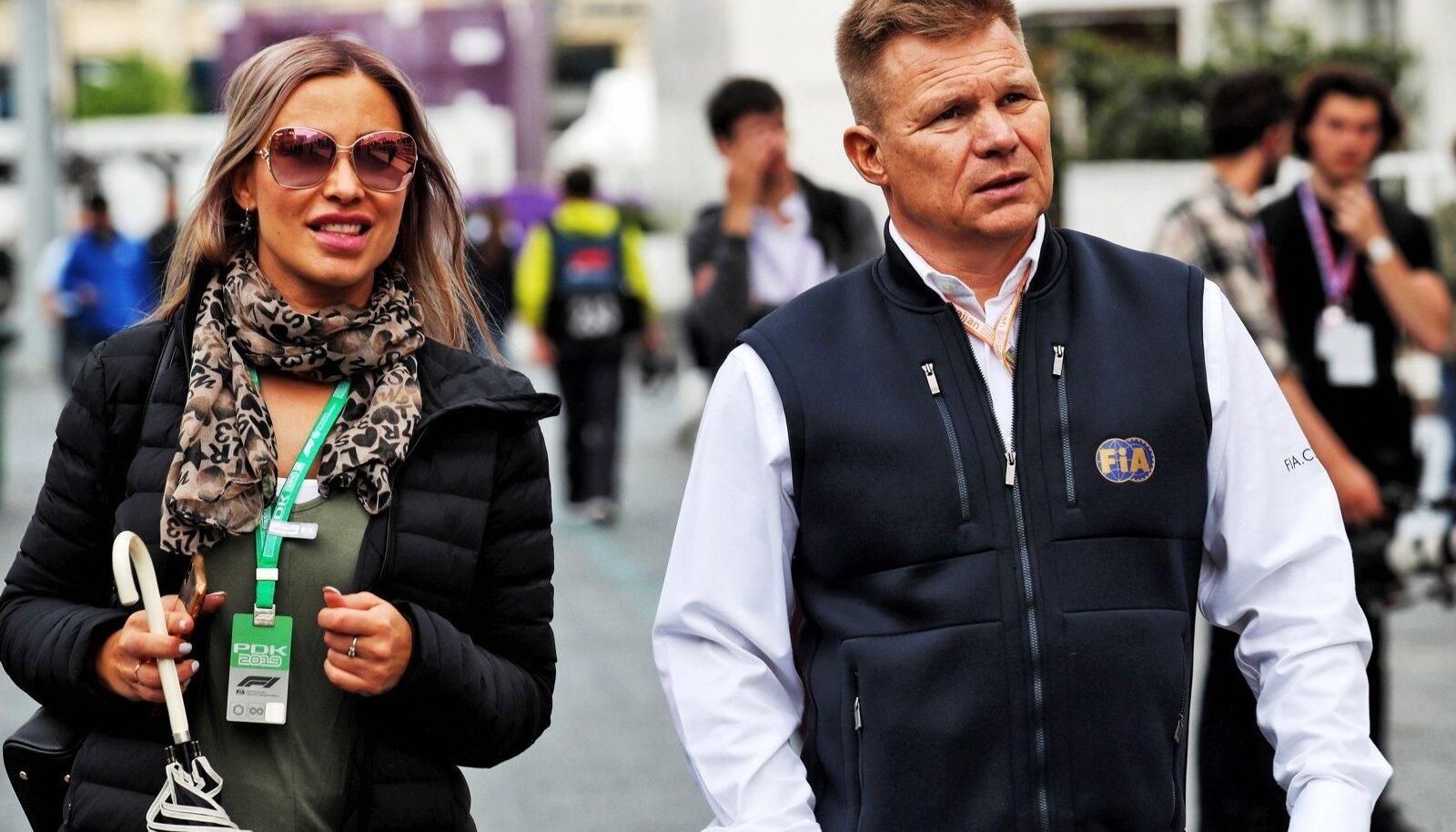 FIA kohtunik Mika Salo koos sõbratar Henna Pihlajaga kaks nädalavahetust tagasi Aserbaidžaani GP-l