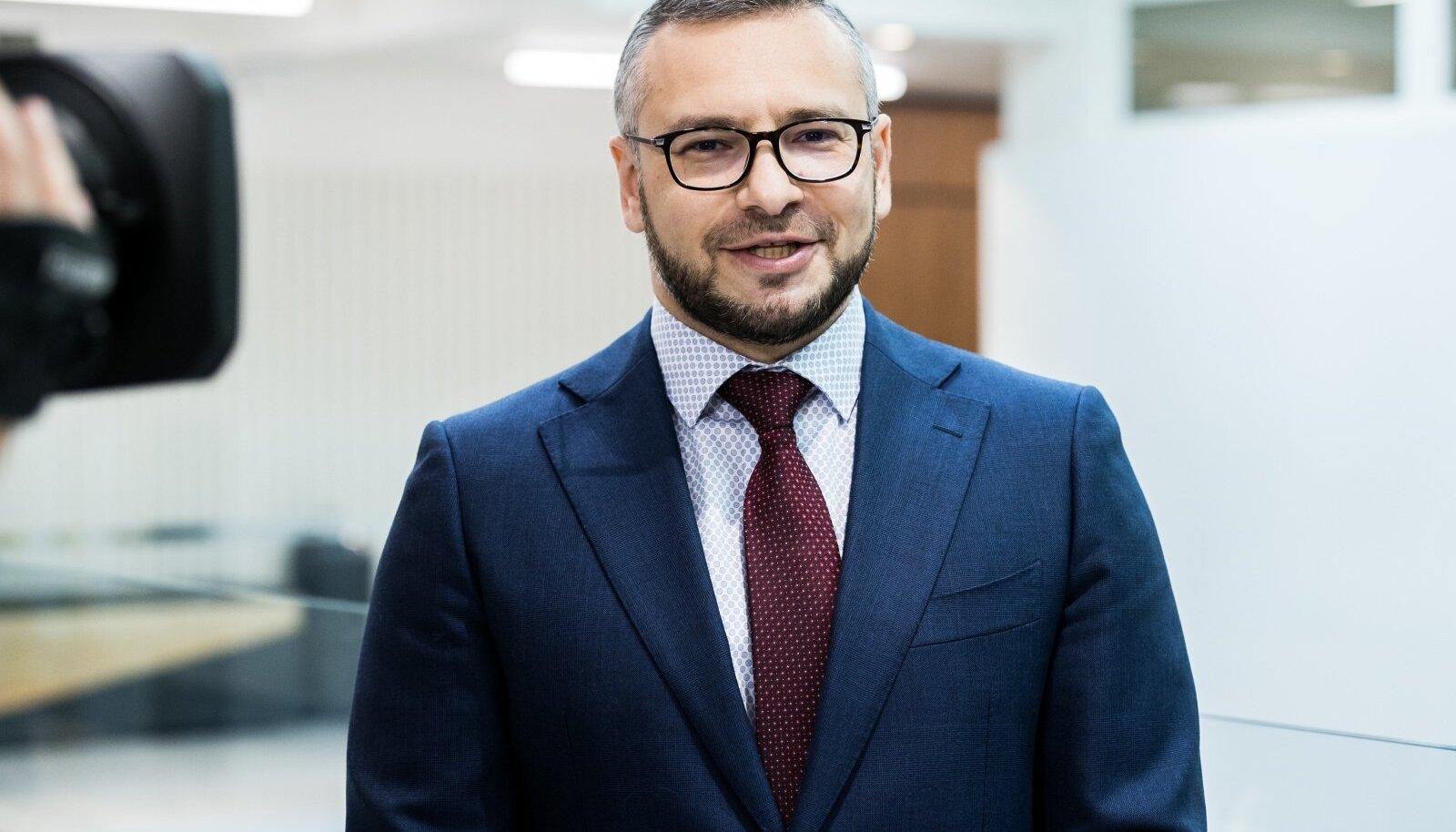 SÕNA ON VABA: Advokaat Dmitri Školjar.